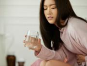 Đang đau bụng kinh, phụ nữ chớ dại mà làm 5 việc này kẻo sức khỏe giảm sút và suy yếu tử cung