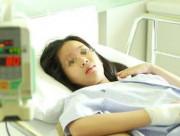 'Yêu' từ năm 16 tuổi, hotgirl xinh đẹp mắc ung thư