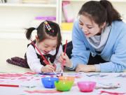 trẻ tự kỷ, dấu hiệu trẻ tự kỷ, chứng tự kỷ ở trẻ, chăm sóc trẻ tự kỷ, hoạt động cho trẻ tự kỷ, chế độ ăn cho trẻ tự kỷ.