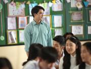 cửa sổ tình yêu, tình yêu đơn phương, tuổi học trò, thích thầy giáo, có gia đình.