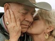 chuyện tình, cặp đôi, uyên ương, tình cảm, hơn nửa thế kỷ, hạnh phúc