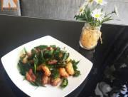 ăn  ,   món ăn  ,   thịt ba chỉ  ,   rang  ,   lá mắc mật  ,   trôi cơm