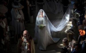 Keller và Meghan, váy cưới, nhà thiết kế Waight Keller