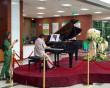 thiên thần áo trắng, đàn dương cầm trong bệnh viện, âm nhạc đến bệnh viện, bệnh viện văn minh