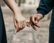 cua so tinh yeu, giữ gìn tình yêu, khó khăn trong tình yêu, cách vượt qua, cùng nhau cố gắng, buông tay.