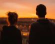 làm bạn với người cũ, người mới không chấp nhận, giới hạn quan hệ