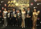 Tuyển Việt Nam, thắng lớn, AFF Awards, anh cả, cửa sổ tình yêu.