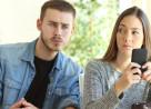 chồng ghen, bệnh hoạn, đánh vợ vì ghen, muốn ly hôn, không thể chịu đựng, cắt mọi mối quan hệ