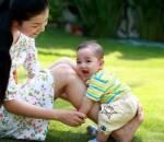 bệnh về da, trẻ nhỏ, làm mẹ, nắng nóng, rôm sảy, bệnh nhọt, chăm sóc da, sức khỏe,