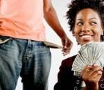 Bạn trai, chi tiêu, tiền bạc, keo kiệt, quan hệ, kiếm tiền