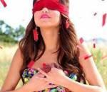 con gái, yêu mù quáng, tình yêu, nghi ngờ, ghen tuổng, người yêu, lăng kính màu hồng