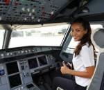 máy bay, phi công, cơ phó, nữ, hot girl, xinh đẹp, bản lĩnh, nghị lực, trải nghiệm, nguyễn thị ngọc bích, vietnam airlines