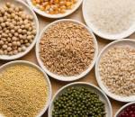 trẻ thông minh , bơ , cá , trứng , ô-liu , việt quất , hạt ngũ cốc