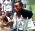 Trung Quốc, thầy bói ,sờ ngực, phụ nữ, đoán vận mệnh, xem bói, bói toán,  xem ngực phụ nữ,