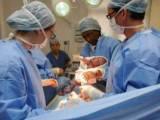 mổ đẻ, những trường hợp cần mổ đẻ, quá trình chuyển dạ sinh không thể tiến triển, có vấn đề đe dọa tính mạng mẹ và thai nhi, biên chứng mổ đẻ, biên chứng đối với thai phụ, tổn thương các cơ quan lân cận, dính tắc ruột, lạc nội mạc tử cung, sẹo trên tử cung, biên chứng đối với thai nhi, thai nhi bị ảnh hưởng bởi thuốc mê, thai nhi hít phải nước ối, thai nhi bị chạm thương khi phẫu thuật
