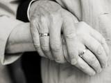 20 năm chăm vợ ốm, không một lời oán thán, cửa sổ tình yêu.