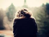 cửa sổ tình yêu, níu kéo, bận rộn, hết yêu, không còn, quan tâm, xin lỗi, chân thành, ngang bướng, chấp nhận, chia tay