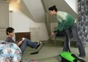 chồng lười, giúp vợ việc nhà, rong chơi, giải pháp, ỷ lại bố mẹ, ly hôn, chia tay