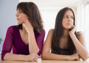 tâm sự hôn nhân, chồng nhu nhược, bà cô bên chồng, đối phó, hôn nhân, tình yêu, gia đình, mâu thuẫn, thờ ơ, không quan tâm, cải thiện mối quan hệ