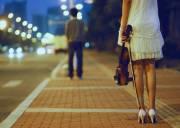 phân biệt giầu nghèo, bóng gió, con gái có giá, biểu hiện khác lạ, níu kéo, chia tay, bố mẹ không cấm, duyên phận, người mới
