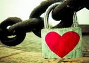 lời hứa, tình yêu, áp lực, giữ gìn, tình cảm, hạnh phúc, từ bỏ, quyết tâm