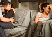 hôn nhân rạn nứt, chồng ngoại tình, chung thủy, phản bội, đau khổ vì chồng ngoại tình, cửa sổ tình yêu