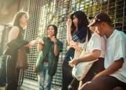 tân sinh viên  ,   cuộc sống sinh viên  ,   tính tự lập ,    tinh thần thép     hoạt động vui chơi  ,   ký túc xá  ,   sinh hoạt tập thể  ,   sinh viên