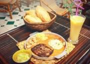 ăn  ,   món ngon  ,   quán ngon  ,   bánh mì chảo   ,  ngon điên đảo  ,   Hà Nội