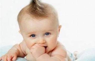 trẻ 5 tháng tuổi, thay đổi về thể chất trẻ 5 tháng tuổi, thay đổi tinh thần của trẻ 5 tháng tuổi, thay đổi giao tiếp của trẻ 5 tháng tuổi