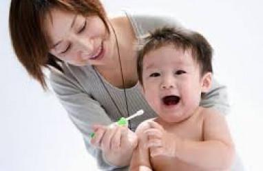 nấm miệng, tưa lưỡiở trẻ, nguyên nhân nấm miệng, điều trị nấm miệng, biến chứng nấm miệng, phòng bệnh