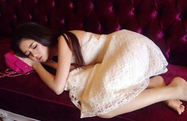Tây Thi ngủ gật, Hồ Ngọc Hà, Mai Phương Thuý, Hoa hậu Kỳ Duyên, hot girl trà sữa, cua so tinh yeu