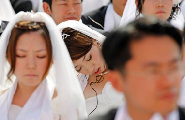 cô dâu Việt, lấy chồng nước ngoài, kỳ thị, cô dâu ngoại quốc, bạo lực gia đình