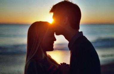 """Tình yêu chưa bao giờ là một """"sự lựa chọn"""", nếu có thể lựa chọn, đó không phải tình yêu"""