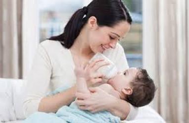 bệnh hiv, hiv ở trẻ, cho con bú sữa mẹ, lây truyền hiv khi cho con bú, sữa mẹ có hiv không