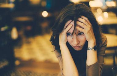 cửa sổ tình yêu, thất nghiệp, tự tử, trầm cảm, tốt nghiệp, đại học, loại ưu, áp lực, thủ dâm, thất nghiệp.