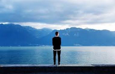 yêu, dừng lại, tha thứ, chia tay, lừa dối, mệt mỏi, buông bỏ, cô đơn, không biết yêu