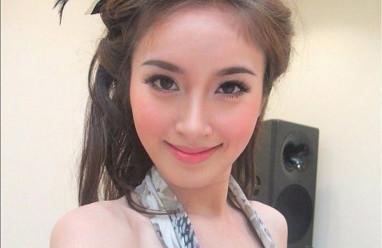 Hương Giang Idol, Nong Poy, Mỹ nhân chuyển giới, Sao Việt