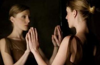 Thiếu tự tin về quá khứ và hoàn cảnh gia đình khi đến với người mới