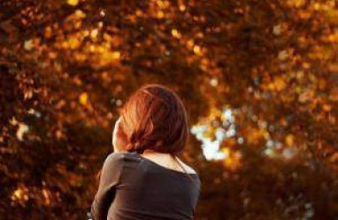 hờ hững, yêu thương bao nhiêu,tư vấn tâm lý, tư vấn tình yêu, mất anh, hành động mất kiểm soát, tin nhắn, bạn gái cũ, giấu giếm, mất bình tĩnh, chạy theo, giải thích