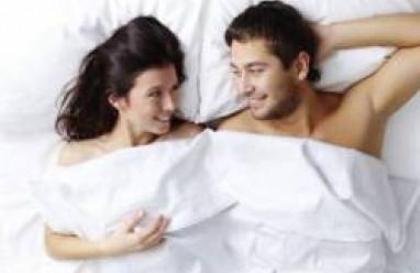 sau sinh đi tiểu không tự chủ, són tiểu, tiểu lắt nhắt, mất kiểm soát tiểu tiện, viêm nhiễm sinh dục, mùi kín hôi khó chịu