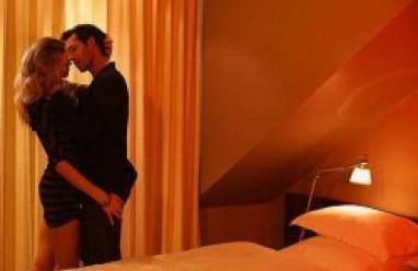 tình yêu, chấp nhận, lầm lỡ, lựa chọn, bao dung, chia tay, có thai với người khác, lên giường