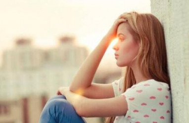 tình yêu học trò, lợi dụng tình cảm, vay bạn tiền, hai gia đình mâu thuẫn, băn khoăn tình cảm, cửa sổ tình yêu