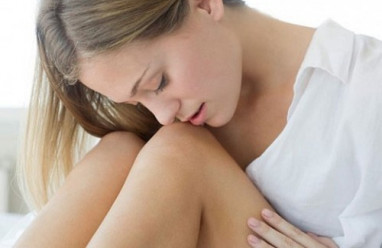 gai sinh dục, môi bé, vết thương, chảy dịch vàng, ngày kinh, ê nhức, cảm giác, hành kinh, chi phí, vệ sinh, nguy hiểm, cuasotinhyeu