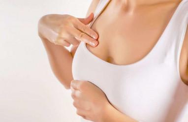 mọc mụn, ở ngực, mụn li ti, viêm nang lông, tuyến bã, cuasotinhyeu