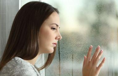 ngoại tình, nhắn tin tình cảm, ngoại tình tư tưởng, cảm xúc, suy nghĩ, cửa sổ tình yêu