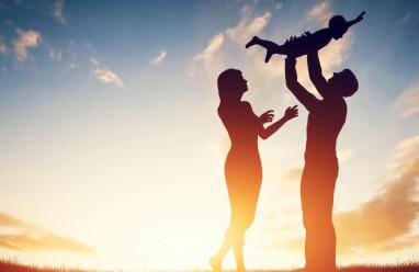 Mâu thuẫn Vợ Chồng, Ly hôn, vợ đòi ly hôn, chăm sóc con cái, vô tâm, hối hận, thay đổi, hàn gắn tình cảm, hôn nhân rạn nứt.