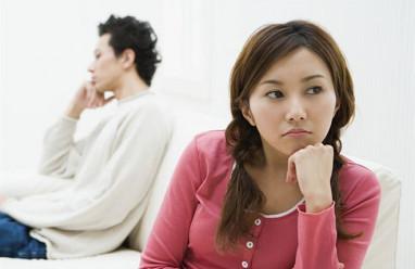 Sắp kết hôn, mâu thuẫn tiền bạc, Băn khoăn trước kết hôn, tính tóan trong hôn nhân, chồng sắp cưới.