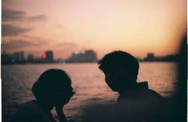 lạnh nhạt, hờ hững, khoảng cách địa lý, giận dỗi, giữ gìn tình yêu, kinh nghiệm, cửa sổ tình yêu.