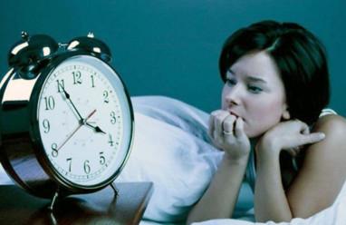 buồn mỗi khi ngủ dậy, bố mẹ ở xa, khi đi du học, trưởng thành, tuổi dậy thì, tâm sinh lý thay đổi, cách khắc phục