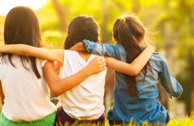 tình bạn, mâu thuẫn, tin tưởng, cảm xúc tiêu cực, tình bạn thực sự, thay đổi, cửa sổ tình yêu.
